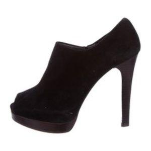 Size 9 Stuart Weitzman suede peep toe booties